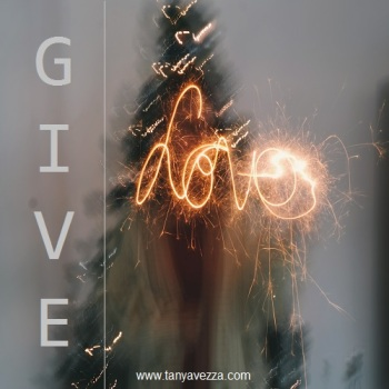 GiveLove_Media